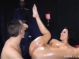 Rachel Starr enjoys some oily joy in front of her spouse
