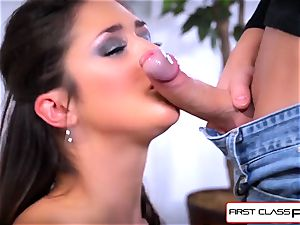 first Class pov - nubile Anna Morna fellate a enormous yam-sized manmeat