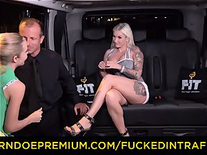 ravaged IN TRAFFIC - passionate blondes car triangle boinking