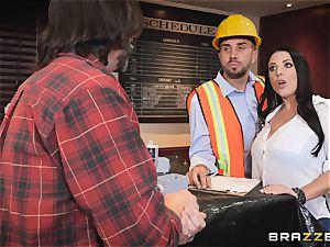 Keiran sticks his meaty wood into Angela Whites bung