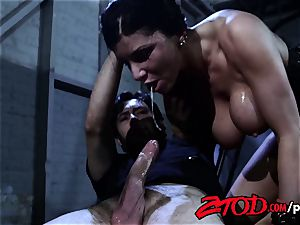Romi Rain luvs To Be spanked