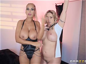 Bridgette B and Eva Notty get horny with megacummer Kyle Mason