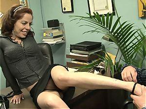 Kora Cummings is a horny secretary