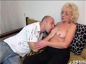 Lusty Mature biotch plowed by a crazy dude