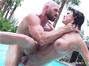 huge-titted Peta Jensen - sloppy bang-out by the pool