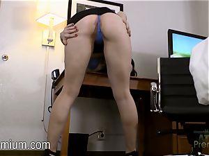 Kayla West Opens Her pale labia
