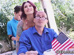 milf phat ass-fuck fucktoy They have secret lovemaking for a bit before the stepmom ultimately takes