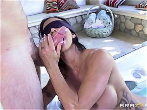 OMG! I plowed my best friend's big-boobed nasty mom nubs Jade