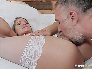 molten bride needs a massive pecker in the rump