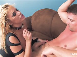 Shyla gets her culo pummeled and a geyser on her face