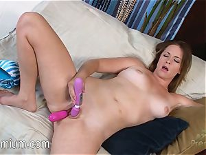 sumptuous Sierra Sanders stimulates her beaver with two fucktoys